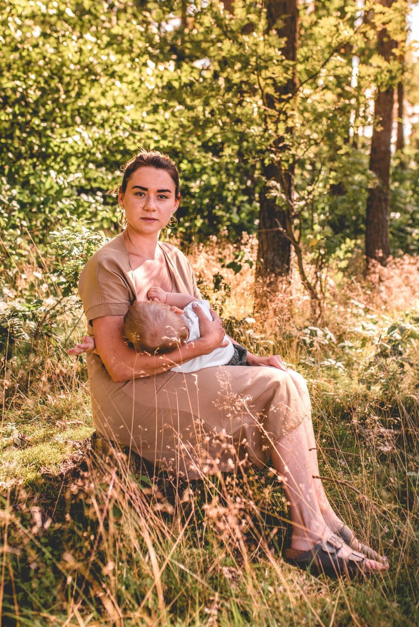 Sesja karmienia piersia 01 08 2020 Marta Trzcinska Fotografia 75 scaled - Sesje rodzinne